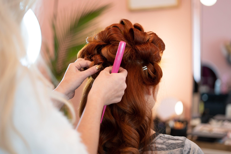 「美容師つらい…」異業種への転職|好きを仕事にするしないで悩んだら